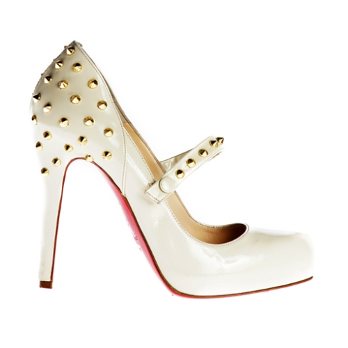 christian-louboutin-studded-pumps-736138